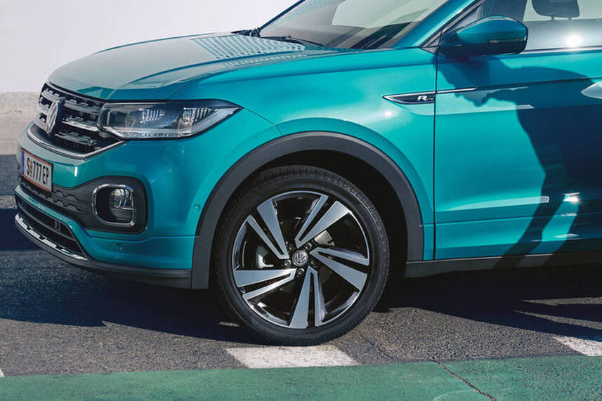 "VW T-Roc ""Lane Assist"", asistentul pentru ambuteiaje și ""Emergency Assist"""
