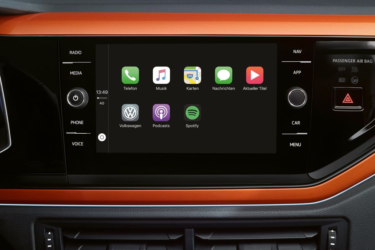 VW Polo orange interior Car-Net App Connect