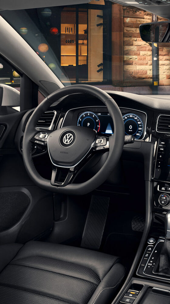 VW Golf interior și bord