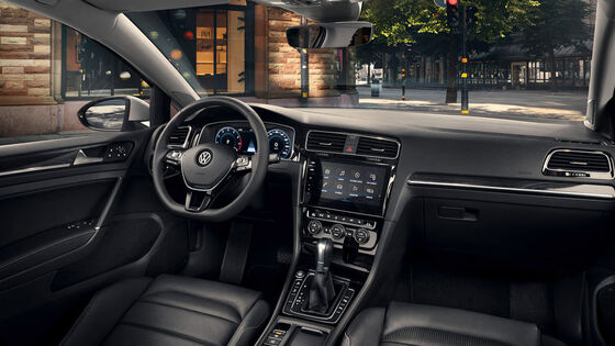 vw volkswagen golf variant interior