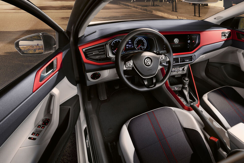 "VW Polo ""beats"" interior și bord"